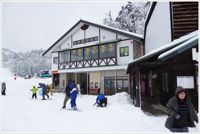 [写真]高柳スキー場 様 ペレットストーブ設置イメージ